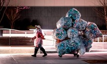 COVID-19 tạo ra thách thức mới cho vấn đề rác thải nhựa trong đại dương