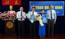 Trao quyết định công nhận hai Phó Chủ tịch Mặt trận TP Hồ Chí Minh