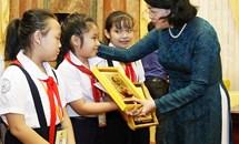 Giáo dục con người Việt Nam phát triển toàn diện trong nền kinh tế thị trường định hướng xã hội chủ nghĩa