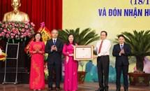 Chủ tịch Trần Thanh Mẫn trao Huân chương Độc lập hạng Nhất cho Ủy ban MTTQ Việt Nam tỉnh Thanh Hóa