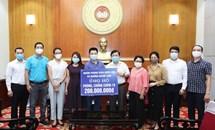 Nhóm phóng viên Quốc hội và những người bạn ủng hộ công tác phòng, chống dịch COVID-19