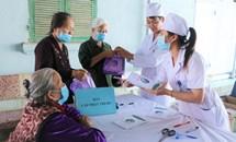Bảo hiểm y tế cho người cao tuổi ở Việt Nam hiện nay