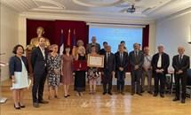 Truy tặng Huân chương Hữu nghị của Việt Nam cho một người bạn Pháp