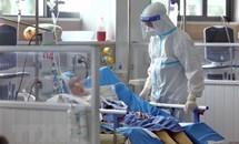 Chú trọng chăm sóc người bệnh COVID-19 nặng để giảm thiểu tử vong