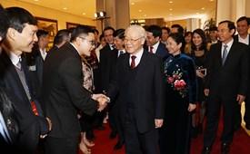 5 năm một chặng đường Chỉ thị 45-CT/TW của Bộ Chính trị về tăng cường công tác đối với người Việt Nam ở nước ngoài