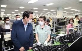 Phúc lợi đối với người lao động trong các doanh nghiệp ở Việt Nam: Thực trạng và giải pháp