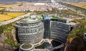 """Kinh ngạc khách sạn ngầm """"chọc đất"""" đầu tiên thế giới ở Trung Quốc"""