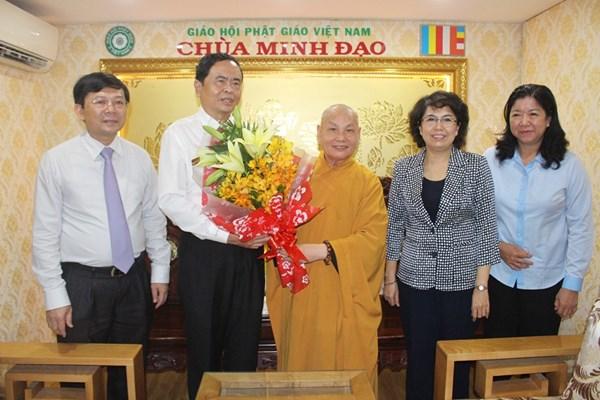Phát huy vai trò của các tôn giáo ở Việt Nam tham gia công tác xã hội, từ thiện
