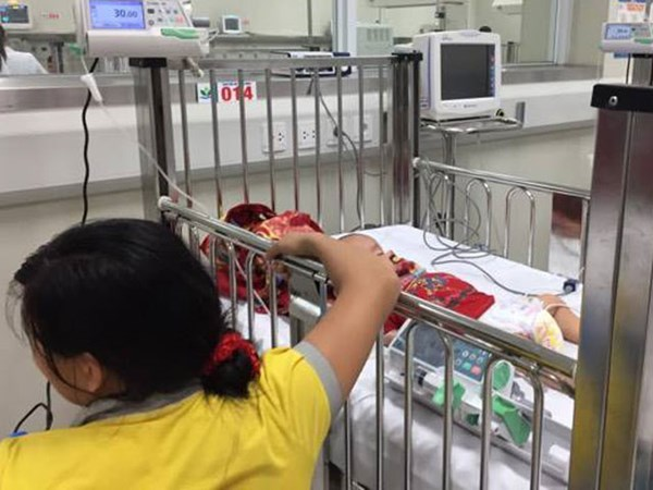 Bác sĩ chỉ ra những sai lầm cực kỳ tai hại khi mắc sốt virus
