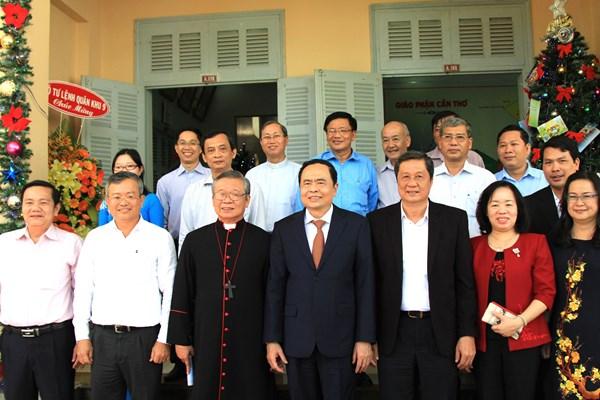 Đồng bào Giáo phận Cần Thơ tích cực đồng hành cùng dân tộc