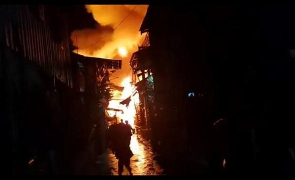 Điện thăm hỏi các gia đình người Việt bị hỏa hoạn tại Campuchia