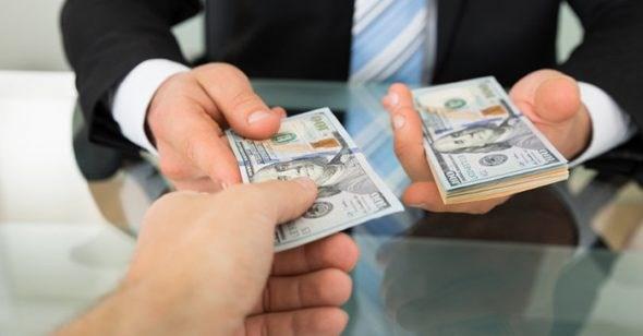 Lòng tham tiền bạc và những hồi chuông cảnh tỉnh
