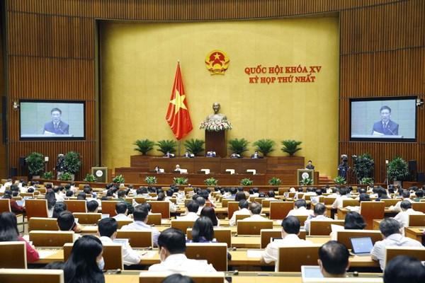 Ngày 25/7, Quốc hội tiếp tục làm việc tại hội trường thảo luận về tình hình kinh tế - xã hội